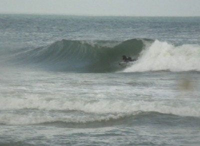 Kdh 4/28/09 hollow right. Virginia Beach / OBX, surfing photo