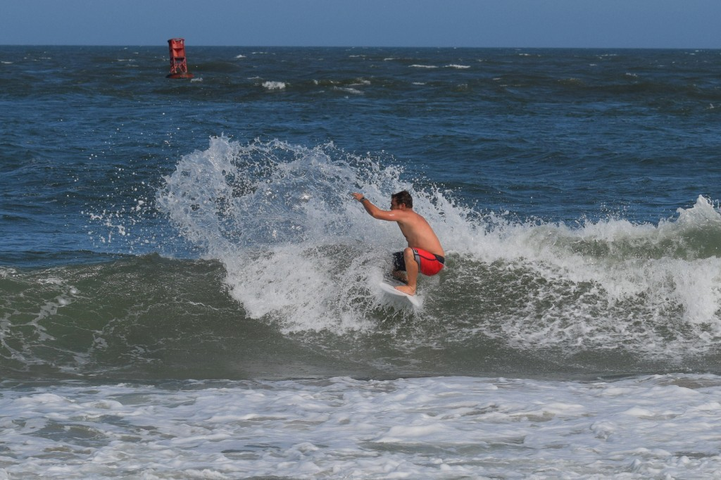 August Buckets. Delmarva, Surfing photo