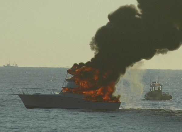 Boat On Fire This Morning 118th St Ocmd pretty sure