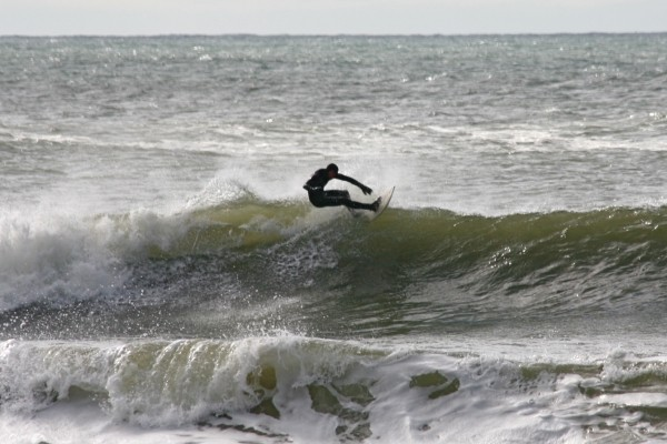 4/10/10-mark Butler. New York, Surfing photo