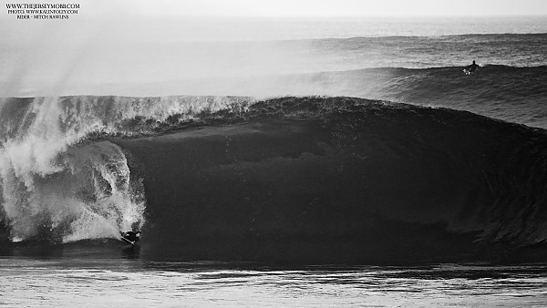 Mitch Rawlins - Pipeline Bodyboarding is alive and