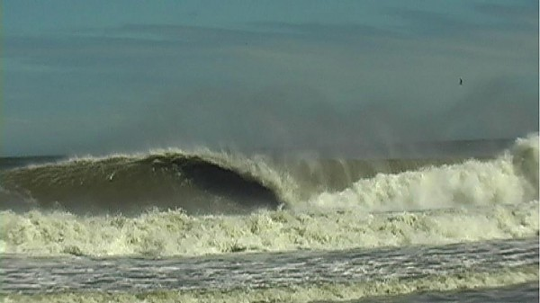 huge wave during irene bomb at bayhead from irene