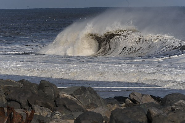 15 December 2013. United States, Empty Wave photo