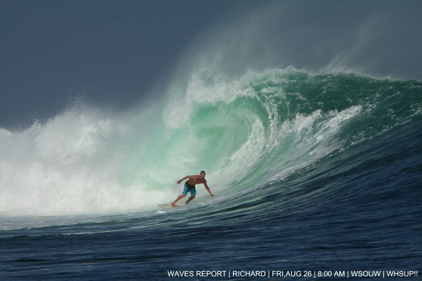 G-Land Swell 26 August [url]http://tinyurl.com/gland26august[/url]