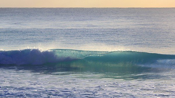 Cancun Wave Open Wave Curl. Mexico Yucatan Peninsula, Empty Wave photo