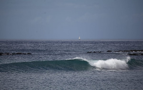 Open Waves Oahu all over. United States, Empty Wave photo