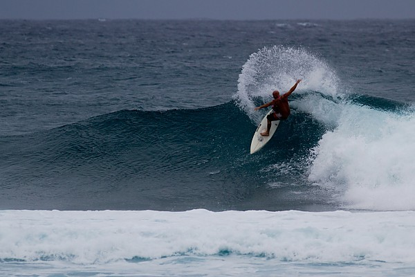 BackYards - North Shore Shooting my friend on his 5'8