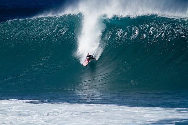 Jamie O'Brien Fade Select shots from PipeMasters2011.....#Occupy