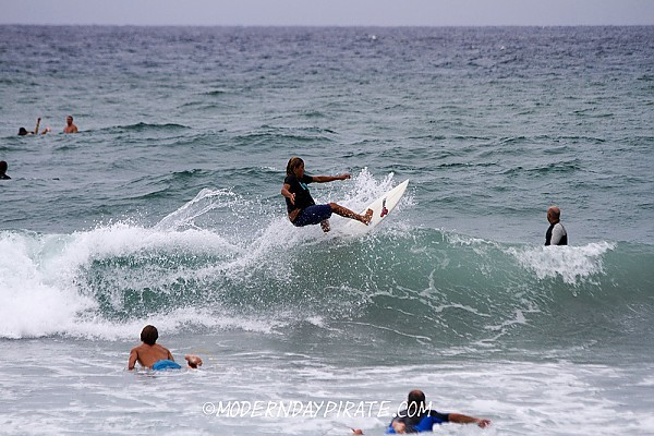 Surfing Lake Worth Pier 8/25/2012 Surfing Lake Worth