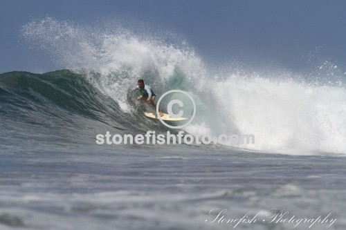 Some Great Surf Shots Grabbing Surfers on Playa Negra