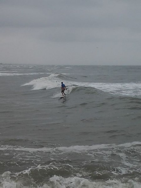 Surfside Jetty 10/30/2013 mid morning surf sesh during