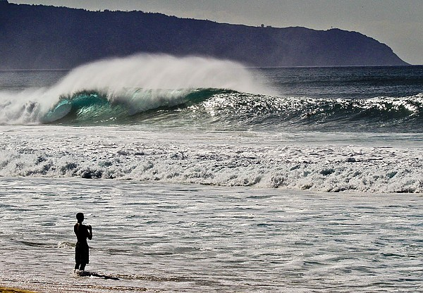 Oahu's North Shore Surf Larege winter swell hitting