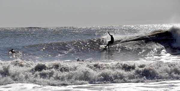 Nice Line Surfing from Delaware on April 17th, 2011