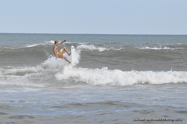mikey short boarding great swell sick boarding skills