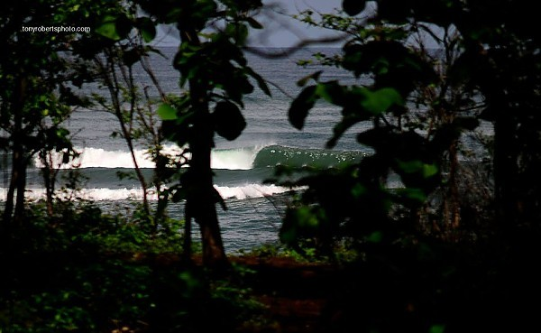 Real Surf Trips Costa Rica Another empty jungle peeler