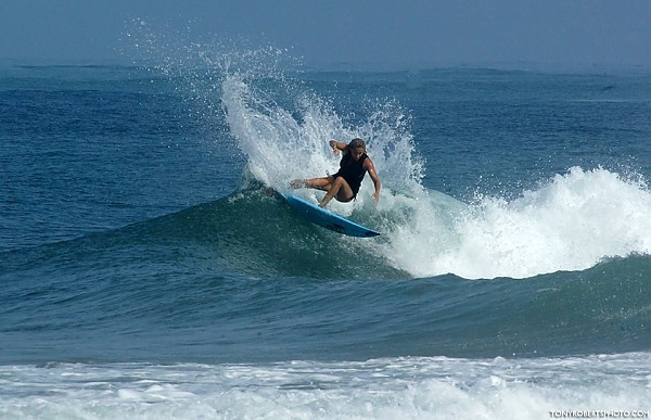 Real Surf Trips Costa Rica REAL top shelf shralping