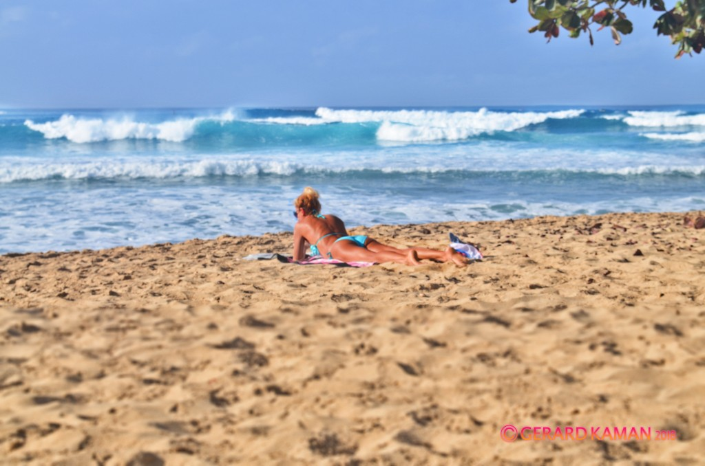 Beauty and the Beach..... Oahu, Surfing photo