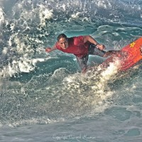 Fighting the Crest. Oahu, Surf Art photo