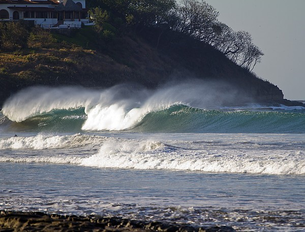 Empty South of the Border. Nicaragua, Empty Wave photo