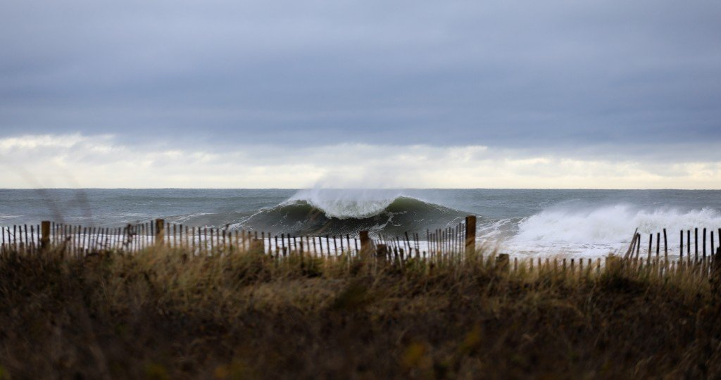 Winter Storm Avery. Southern New England, Empty Wave photo