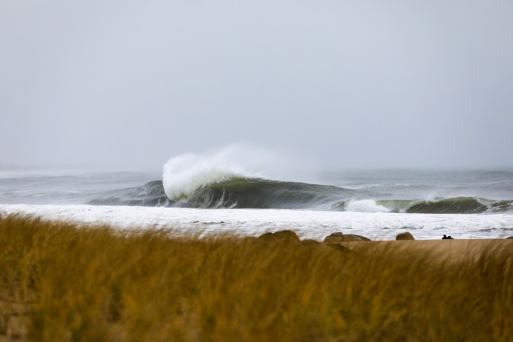 Any takers?. Southern New England, Empty Wave photo