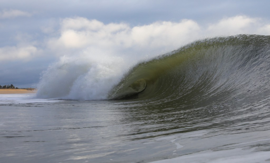 Empty New England bowls. Southern New England, Empty Wave photo