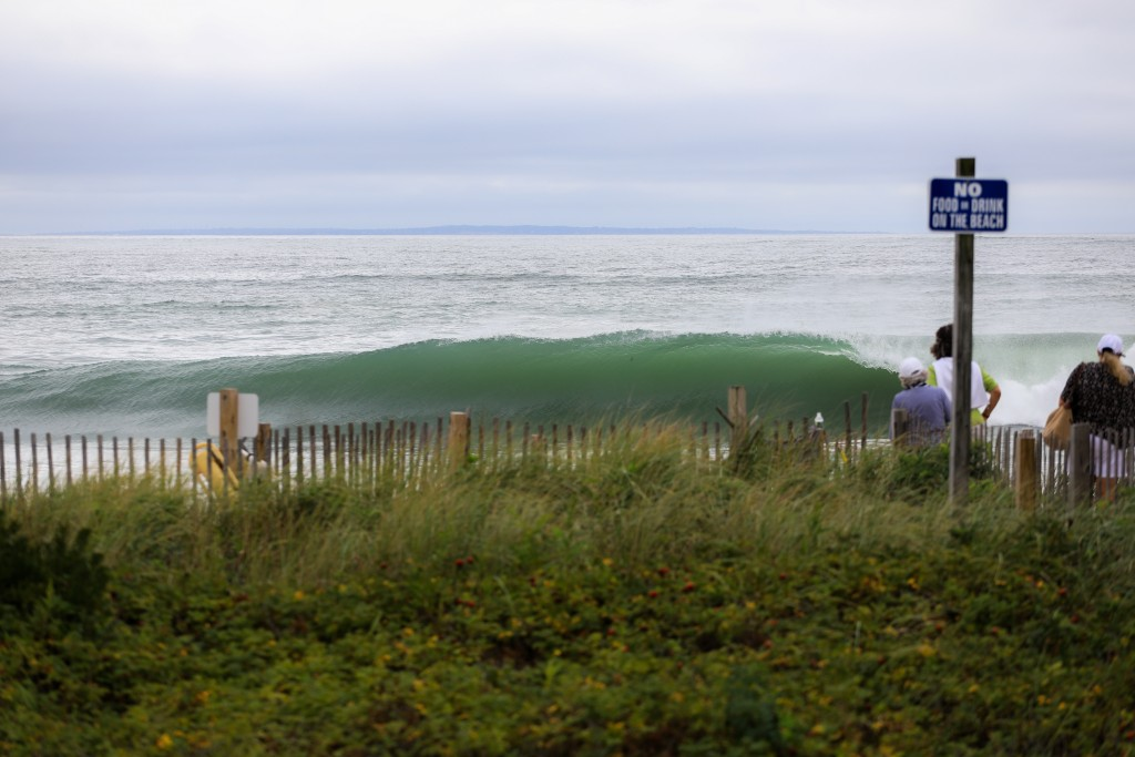 Florence. Southern New England, Empty Wave photo