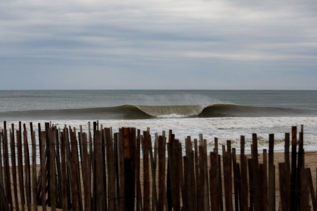 Coffee Barrels. Southern New England, Empty Wave photo