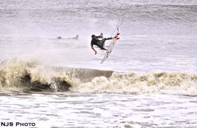 Hurricane Irene Surf Unknown Hurley team rider doing