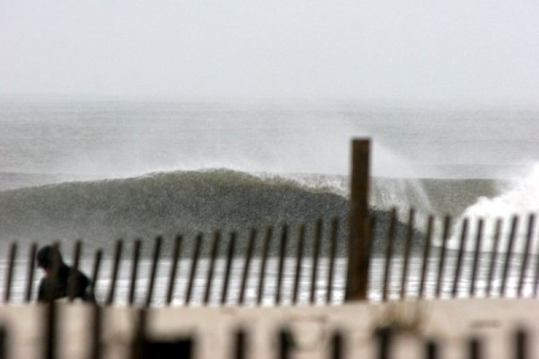SNOW!!! Apr 16 Morning. New Jersey, surfing photo
