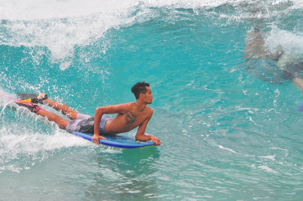 Sandy Beach, Oahu, surfing photo
