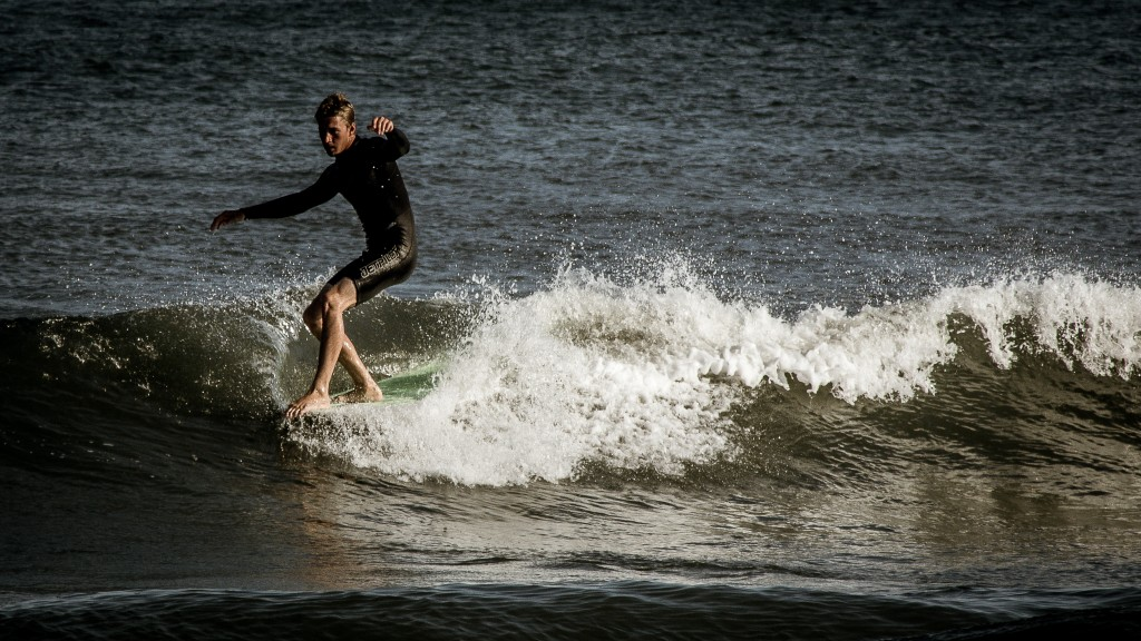 Kevin DeWald noseride. New Jersey, Surfing photo