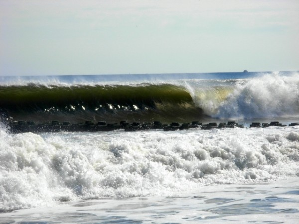 MB 10/20. New Jersey, surfing photo