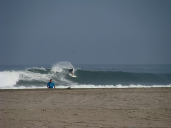 Going Left Is Fun This was the 100th wave I saw surfed