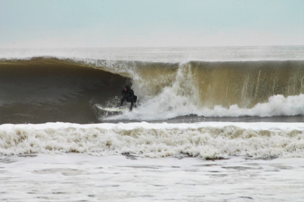 Av. New Jersey, surfing photo