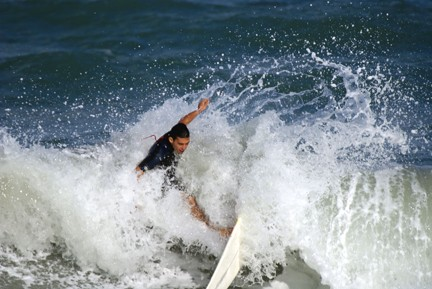 Airs and Fans and Fun Surf excitement from Juno Beach,