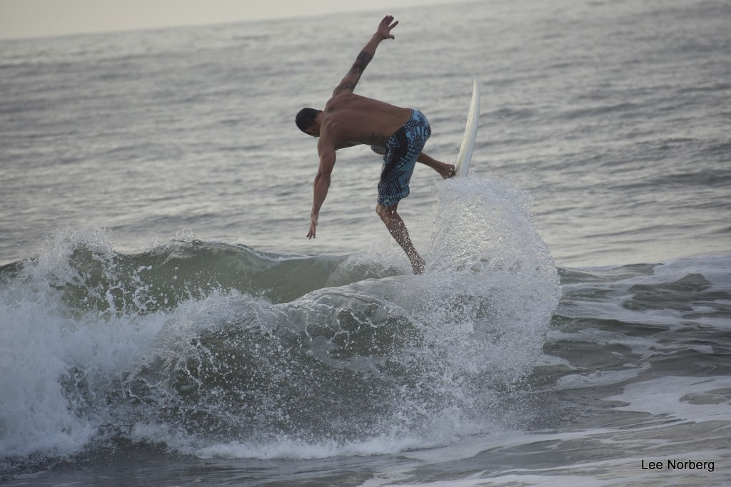 Shawn Clark goes vertical again.. South Carolina, Surfing photo