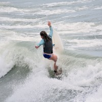 Bree Labiak going vertical and climbs a Wave at Garden