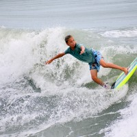 Surfer Pal Pelliccia attacks a Wave at the Garden City