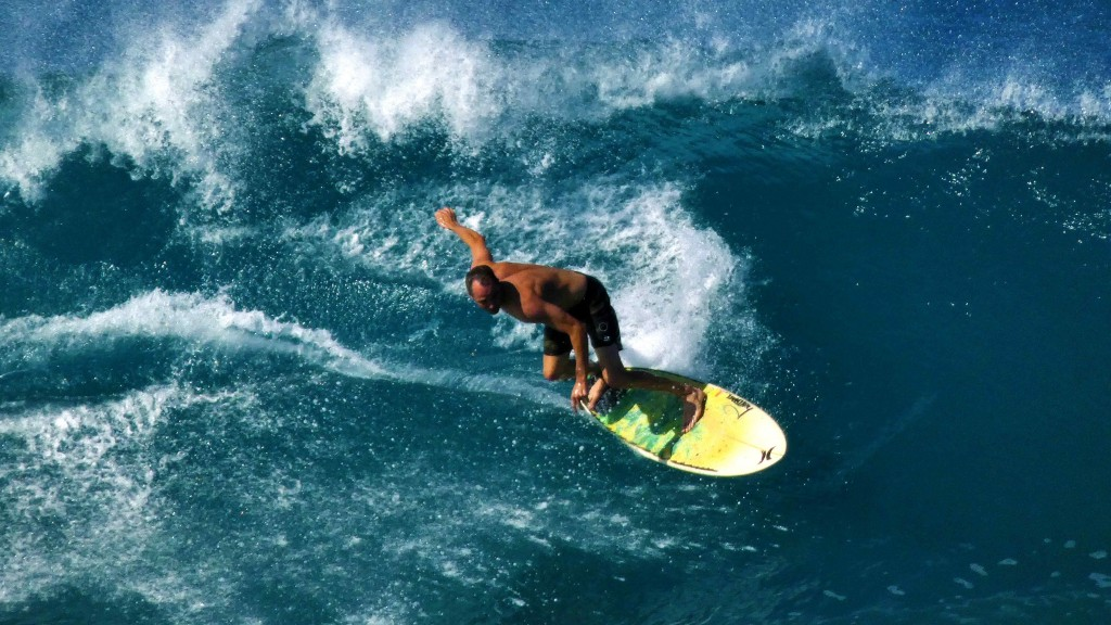 Ala Moana South Swell. Oahu, Surfing photo