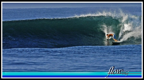 Flowing Marco Hasbun. El Salvador, Surfing photo