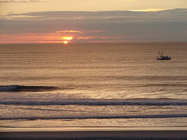 Morning surf. New Jersey, Scenic photo