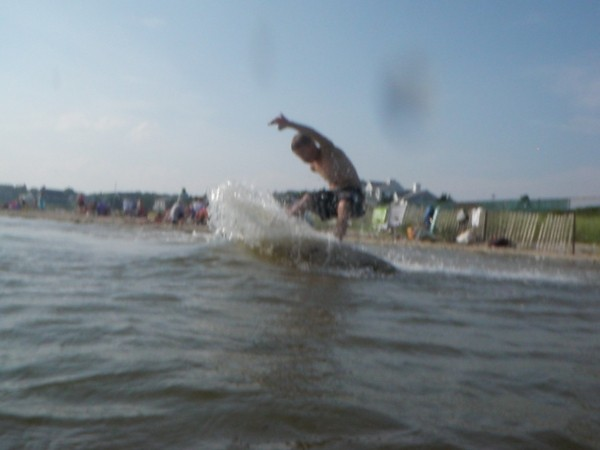 Skimming The surf was flat so whynot skim. Thomas Haut