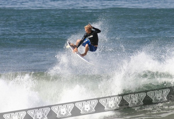 Nicaragua 2008 Cody Thompson. surfing photo