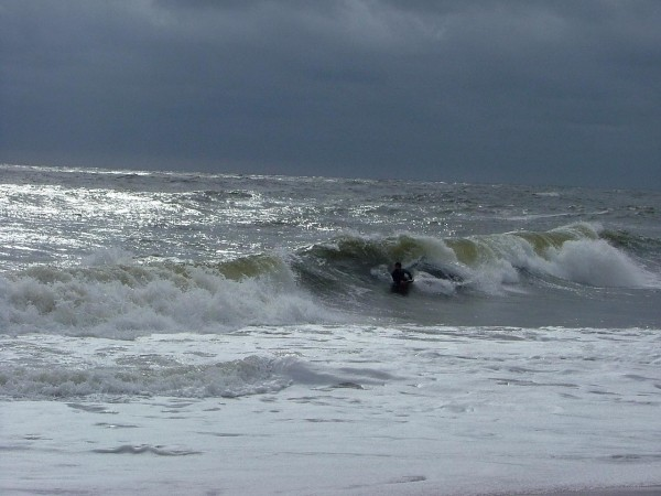 9 20 08 De. Delmarva, surfing photo