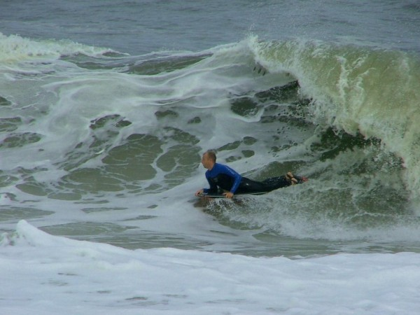 9 26 08 De. Delmarva, surfing photo