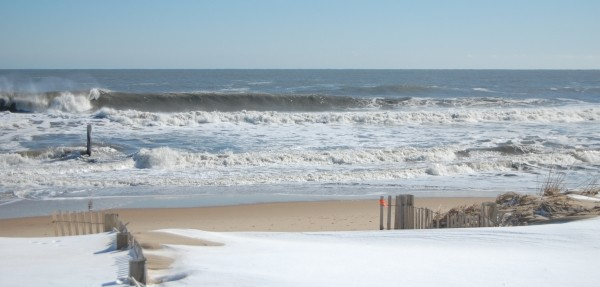 Snowmageddon 7th February 2010. New Jersey, Empty Wave photo