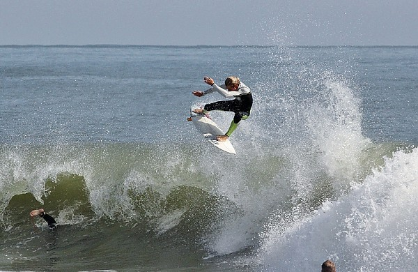 10.20.2012 Brad Flora. Delmarva, Surfing photo